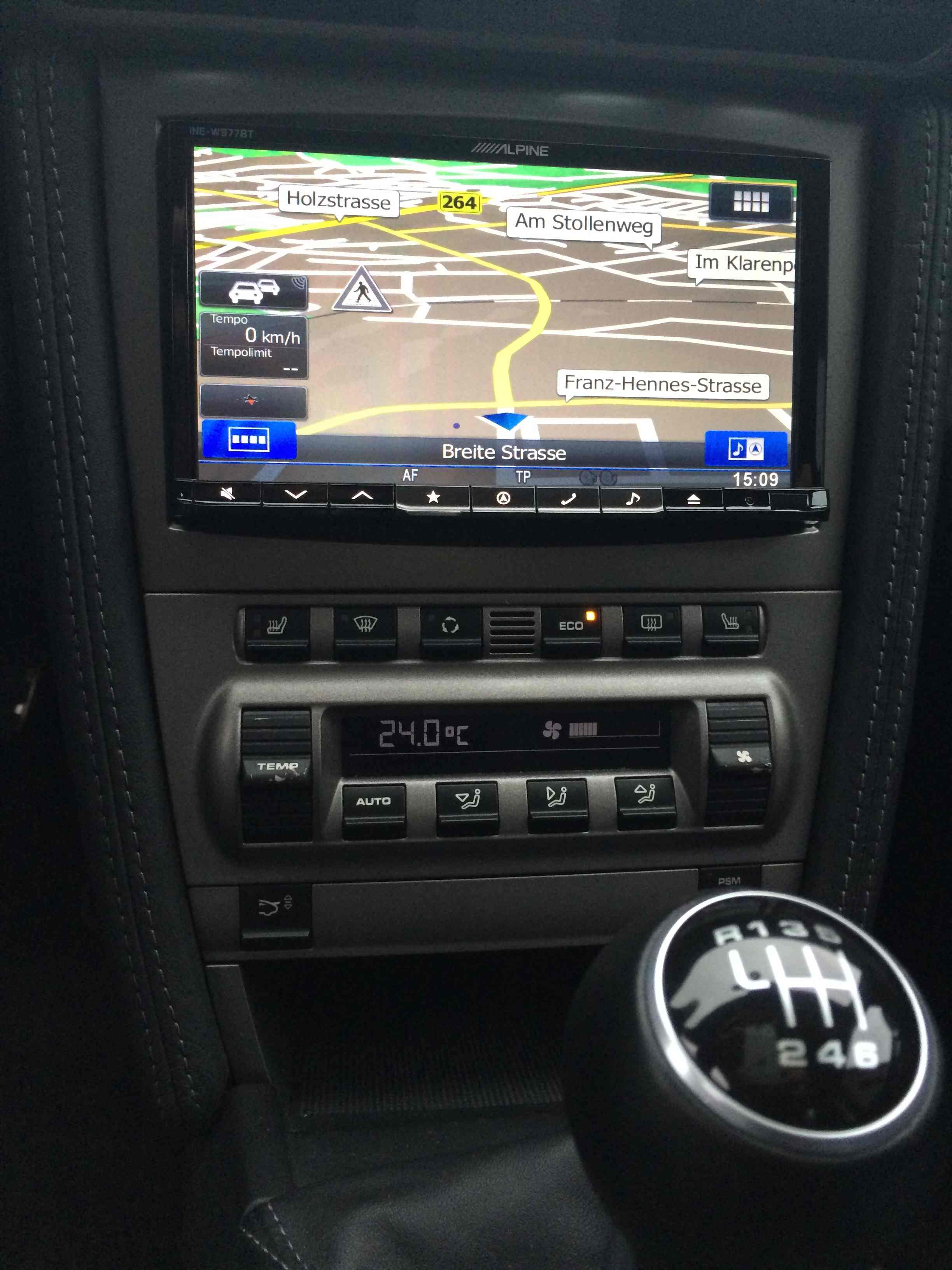 Einbau Alpine 2 Din Navigationssystem Porsche 997 Bj 2005