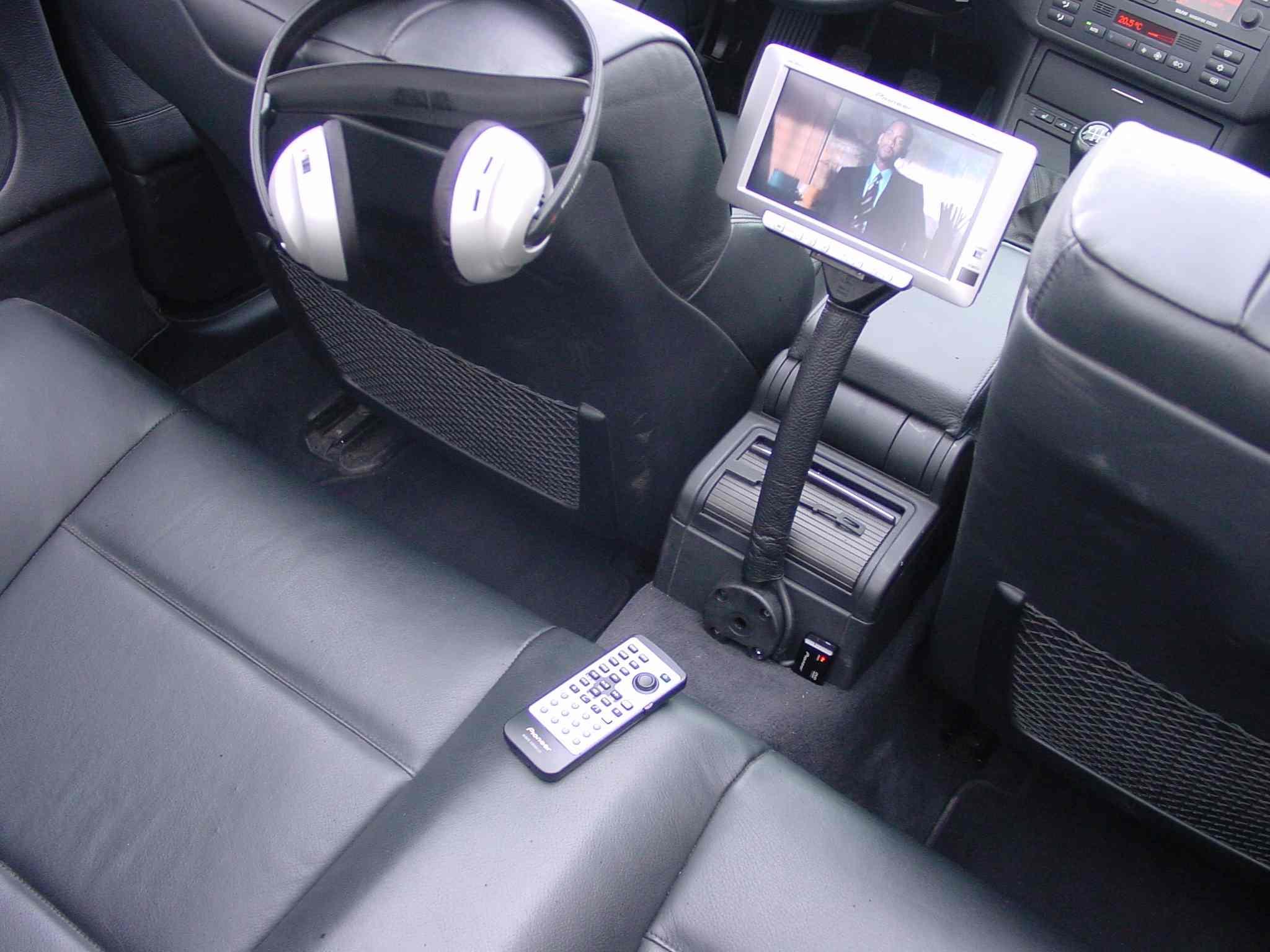BMW E46 Monitor