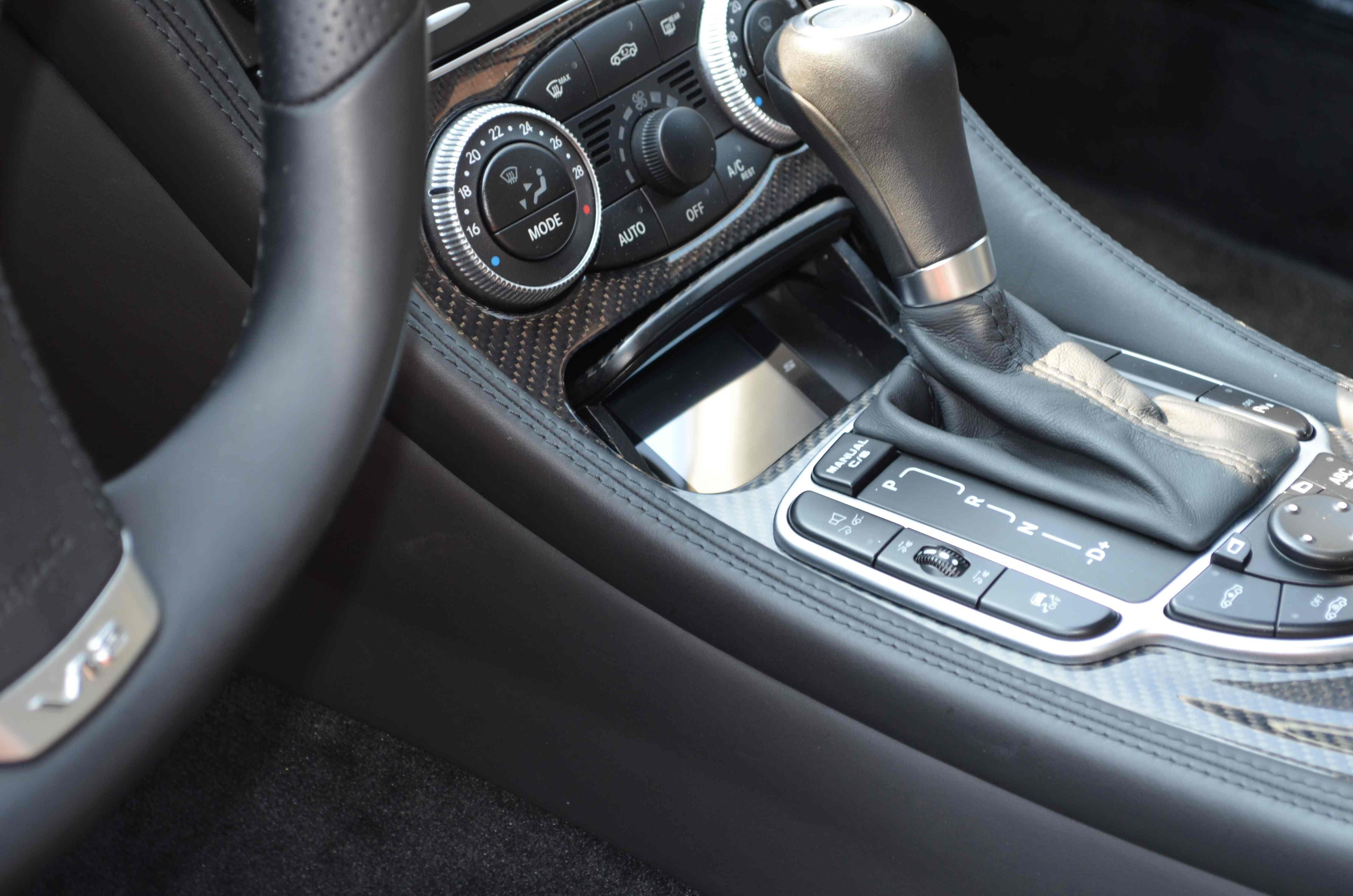 Mercedes Stinger VIP
